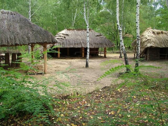 Archeopark. Osada starożytnego hutnictwa żelaza